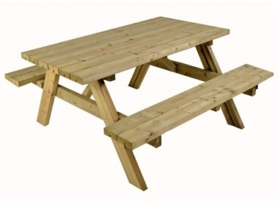 Wanstead Picnic Table