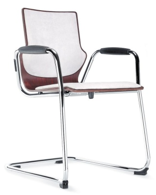 Conversa Cantilever Chair With An Upholstered Seat And Back