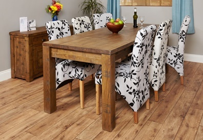 Hatfied Rough Sawn Extendable Dining Table