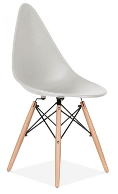 Scalena Dessigner Chair With A Light Grey Seat Friont Angle