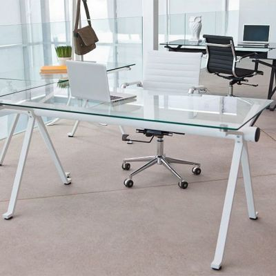 Sparker Glass Desk 1