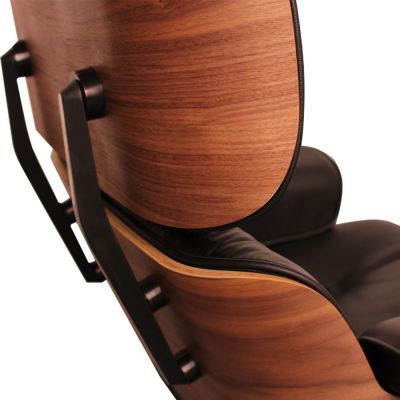 Eames Lounge Chair Black Leather And Walnut Detail