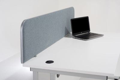 Delta Desk Screen With Curved Corners 1