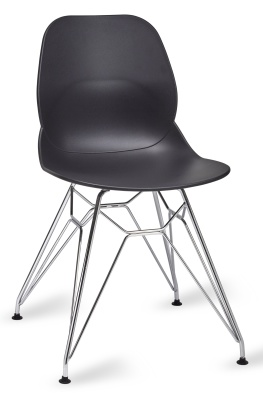 Mackie Chair With A Pyramid Frame In Black